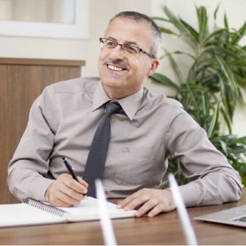 Dr. Murat Erat